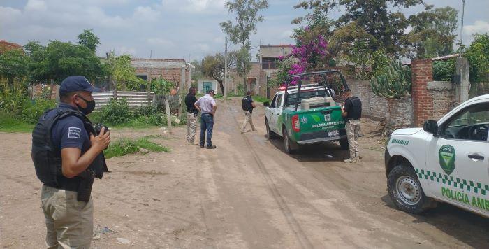 LA DIRECCION GENERAL DEL MEDIO AMBIENTE Y ORDENAMIENTO TERRITORIAL DE GUANAJUATO NO PUEDE CON EL PAQUETE Y TRATA DE METER EN CINTURA CON POLICIAS A PERSONAS QUE CONSTRUYEN SIN PERMISO SUS HOGARES.