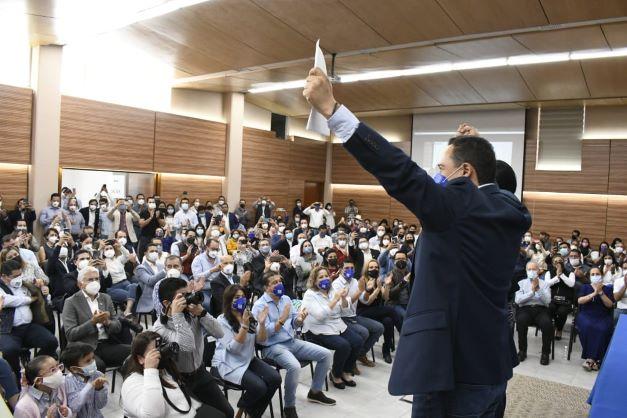 SE REGISTRA EL PROXIMO PRESIDENTE ESTATAL DE ACCION NACIONAL EN GUANAJUATO LALO LOPEZ MARES.