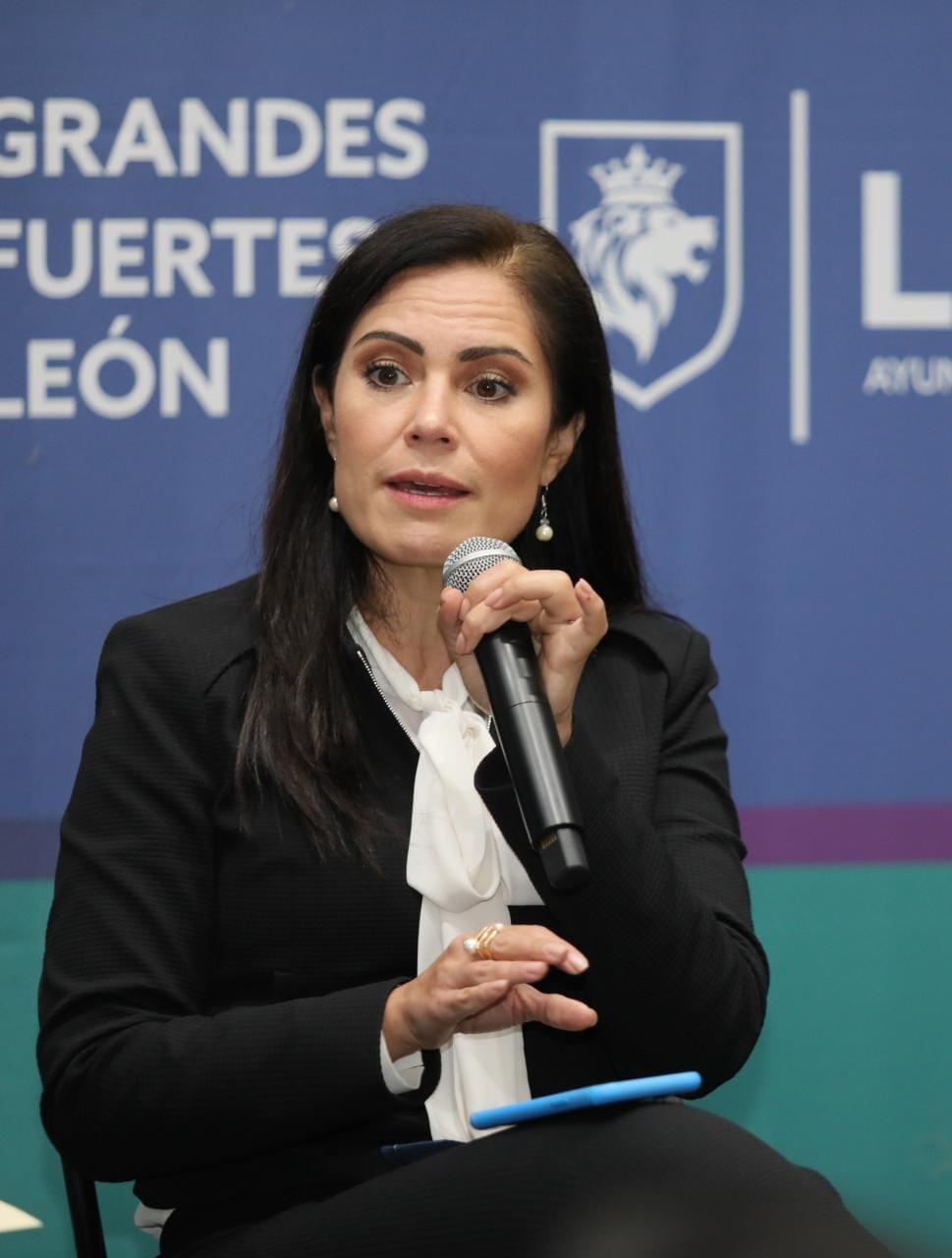 LA DEPURACION EN LA SECRETARIA DE SEGURIDAD PUBLICA DEL MUNICIPIO DE LEON SERA PERMANENTE ALEJANDRA GUTIERREZ.
